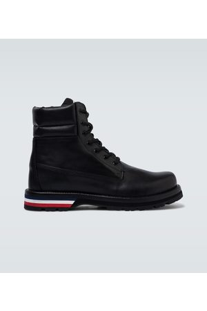 Moncler Vancouver tricolored-sole boots