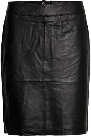 Culture Cuberta Leather Skirt Polvipituinen Hame