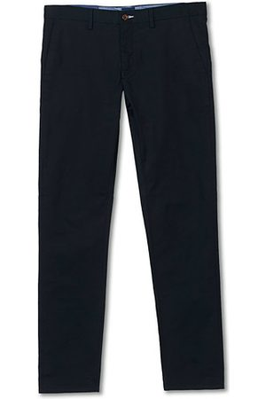 GANT Miehet Chinot - Slim Fit Tech Prep Chino Black