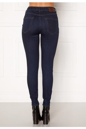 Pieces Naiset Skinny - Delly MW Skinny Jeans Dark Blue Denim L/32