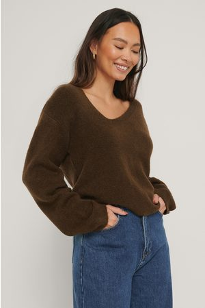 NA-KD Asymmetric Neckline Knitted Sweater - Brown