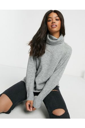 New Look Slouchy roll neck jumper in light grey