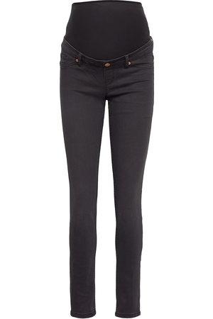 Lindex Naiset Boyfriend - Trs Denim Mom Tova Soft Black Jeans Mom Jeans
