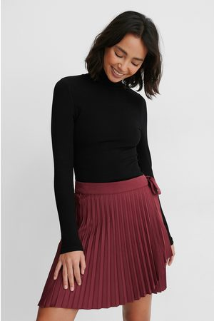 NA-KD Wrap Pleated Mini Skirt - Burgundy