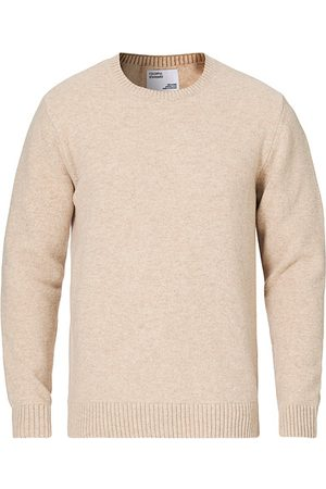 Colorful Standard Miehet Neuleet - Classic Merino Wool Crew Neck Ivory White