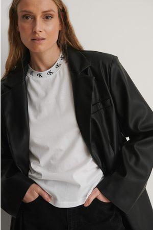 Calvin Klein T-Paita Logolla - White