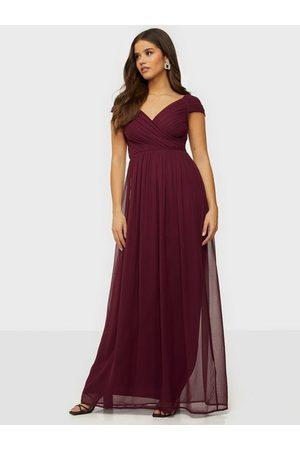 NLY Eve Cap Sleeve Maxi Gown Burgundy