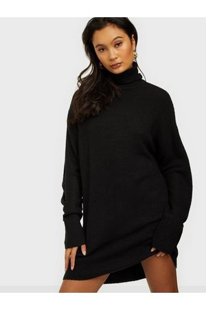 NLY Long Roll Neck Knit Sweater