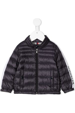 Moncler Untuvatakit - Logo-sleeve feather-down padded jacket