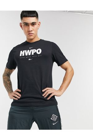 Nike HWPO graphic t-shirt in black