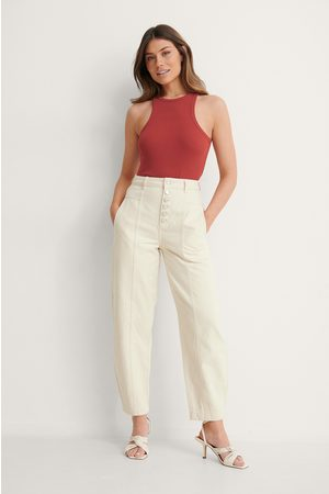 NA-KD Button Fly Cocoon Jeans - Offwhite