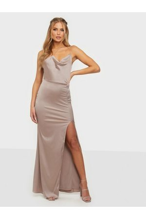 NLY Eve Naiset Juhlamekot - Put On A Show Strap Gown