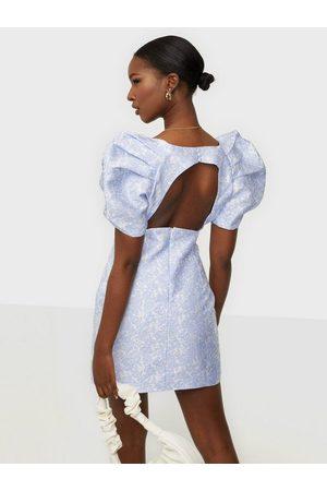 Bardot Naiset Rennot Mekot - Floral Puff Sleeve