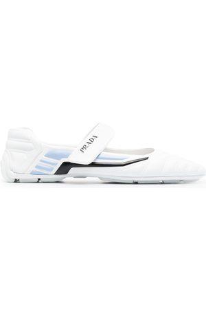 Prada Naiset Balleriinat - Touch-strap ballerine shoes