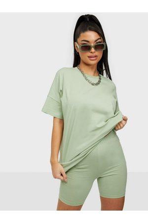 NLY Trend Naiset Shortsit - Jersey Shorts Set Pistage