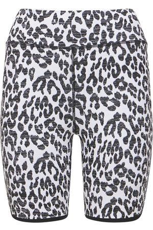 The Upside Naiset Shortsit - Snow Leopard Shorts