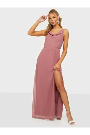 NLY Eve Lovesome Waterfall Gown Dark Rose