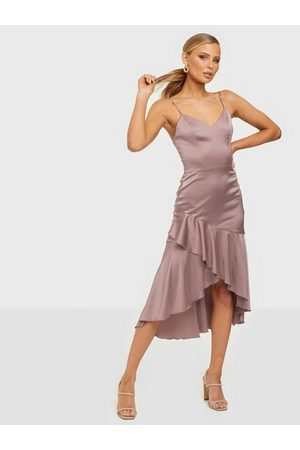NLY Trend Such A Flounce Midi Dress