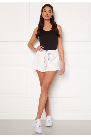 KENDALL + KYLIE K&K Active Inside Out Shorts White L
