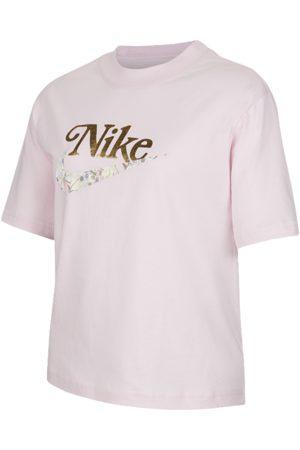 Nike Sportswear Older Kids' (Girls') T-Shirt - Pink