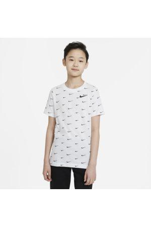 Nike Sportswear Older Kids' (Boys') T-Shirt - White