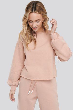 NA-KD Cropped Sweatshirt - Pink