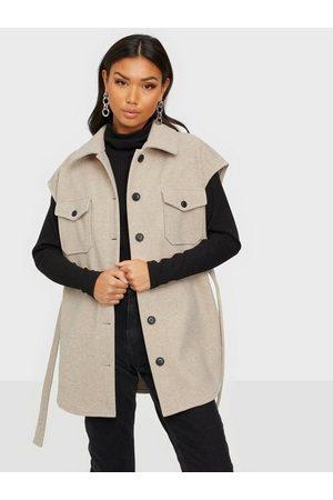 NLY Trend Naiset Liivit - My Dearest Shacket Vest