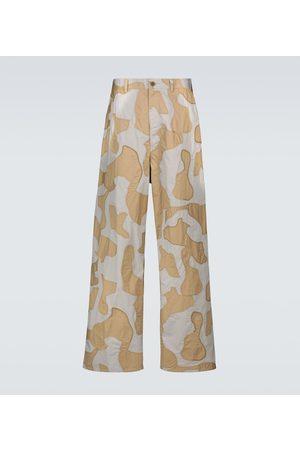UNDERCOVER Miehet Housut - Wide-leg camouflage pants