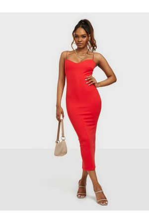 NLY One Shaped Bust Bodycon
