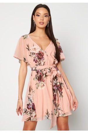 Goddiva Naiset Printtimekot - Floral Flutter Dress Peach XS (UK8)