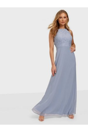 NLY Eve Adorable Sportscut Gown Dusty Blue