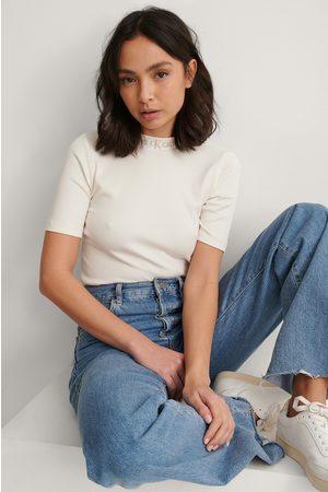 Calvin Klein Naiset Paidat - Resorimainen T-paita Logolla - White