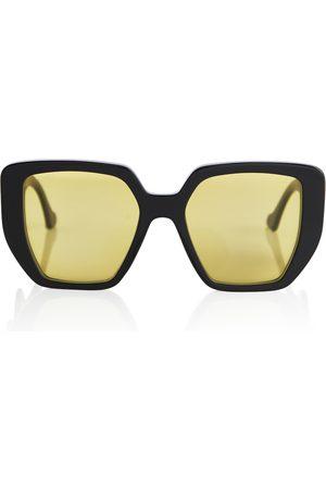 Gucci Oversized square sunglasses