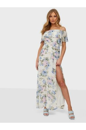 NLY Eve All That Matters Flounce Gown Kukallinen
