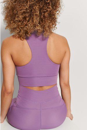 NA-KD Naiset Urheiluliivit - Kierrätetty Palleatuetut Racerback-rintaliivit - Purple