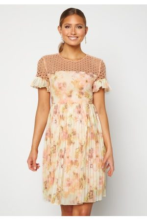 Moments New York Naiset Printtimekot - Dana Chiffon Dress Floral 38