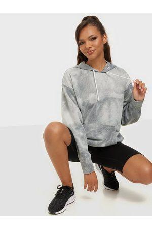 Nike Naiset Hupparit - W Nk Po Hoodie Icnclsh Su