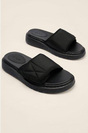 NA-KD Naiset Sandaalit - Ne Valmistetaan Tarranauhasta Sandaalit - Black