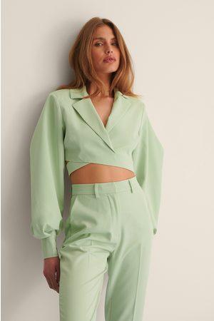 Curated Styles Puff Sleeve-hiha Bleiseri Limittäisellä Muotoilulla - Green