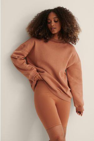 Curated Styles Laatikkomallinen Oversize-neulepusero - Orange
