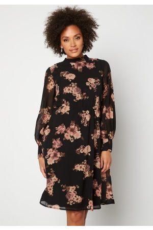 Moments New York Naiset Printtimekot - Chloe Chiffon Dress Floral 36