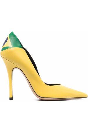 Aleksander Siradekian Naiset Avokkaat - Brasil Flag pointed-toe pumps
