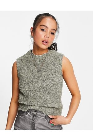Topshop Knitted boucle vest in green