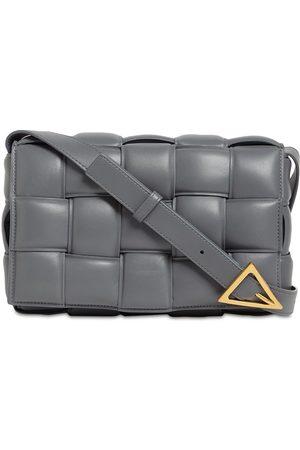 Bottega Veneta Naiset Olkalaukut - Padded Cassette Leather Bag