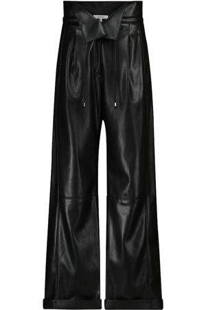 Dorothee Schumacher Naiset Nahkahousut - Sleek Performance faux leather paperbag pants