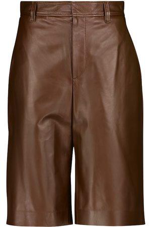 Brunello Cucinelli Naiset Bermuda - High-rise leather Bermuda shorts