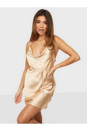 Motel Naiset Juhlamekot - Paiva Dress Champagne