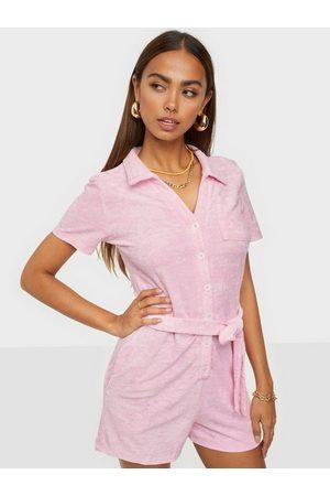 Glamorous Naiset T-paidat - Short Sleeve Playsuit