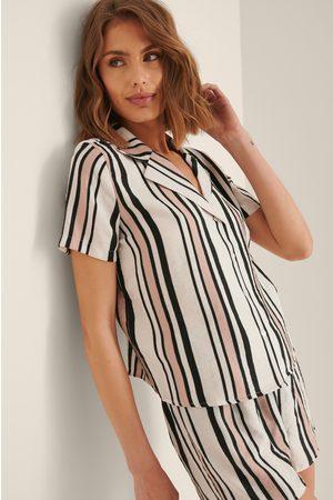 Trendyol Raidallinen Pyjamasetti - Multicolor