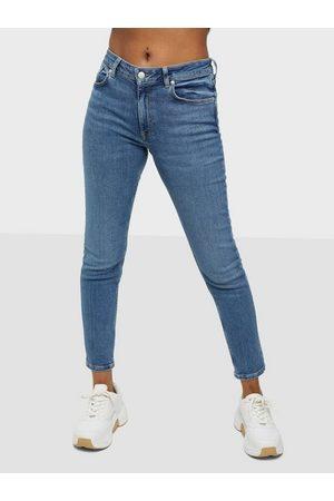 GANT Naiset Skinny - D1. Farla Cropped Jeans Light Blue